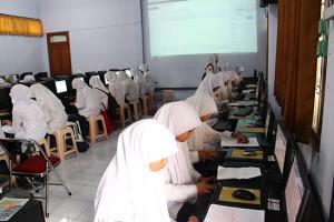 lab komputer smp budi utomo